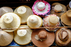 el Sombrero-tejer Imagenes de archivo
