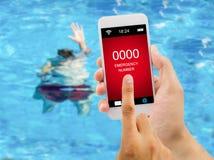 El SOS el nadador necesita la ayuda Fotos de archivo libres de regalías