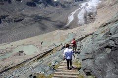 El subir al glaciar de Pasterze Fotografía de archivo libre de regalías