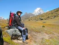 El subir de montañas Himalayan Fotografía de archivo libre de regalías