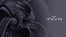 El sujetador negro del traje de baño empuja hacia arriba costuras de un modelo de los cordones de la secuencia foto de archivo libre de regalías