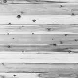 El tablón de madera gris de la pared y gnarl textura o el fondo Foto de archivo libre de regalías