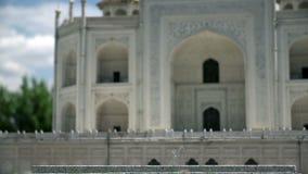 El Taj Mahal en Agra, la India almacen de video