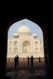 El Taj Mahal en la puerta fotos de archivo