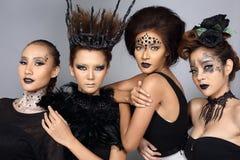 El talento creativo de lujo estilo compone y de pelo en Beaut de cuatro asiáticos foto de archivo libre de regalías