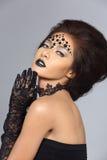 El talento creativo de lujo estilo compone y de pelo en hermoso asiático fotografía de archivo libre de regalías
