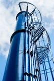 El tanque azul del metal Foto de archivo libre de regalías