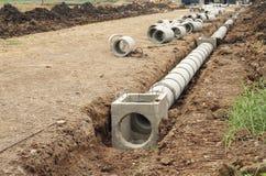 El tanque concreto del drenaje Fotos de archivo libres de regalías