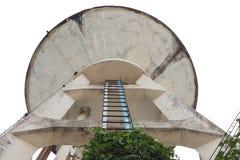 El tanque de agua viejo, el tanque del abastecimiento de agua para la agricultura Fotografía de archivo libre de regalías