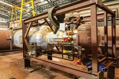 El tanque de almacenamiento líquido. Imagenes de archivo