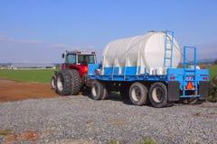 El tanque de la explotación agrícola Foto de archivo