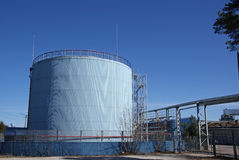 El tanque de petróleo Imagenes de archivo