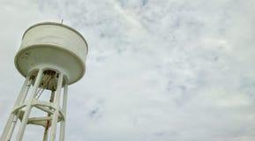 El tanque del abastecimiento de agua Imagenes de archivo