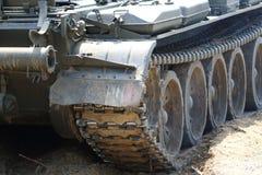 El tanque en el campo de batalla Fotografía de archivo