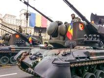 El tanque en el desfile del 1 de diciembre Foto de archivo libre de regalías
