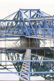 El tanque grande de abastecimiento de agua en el pla metropolitano de la industria del trabajo de agua Imágenes de archivo libres de regalías