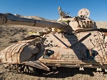 El tanque militar en el desierto Fotografía de archivo libre de regalías
