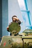 El tanque pesado ruso soviético IS-2 en el museo bielorruso del G Imagenes de archivo