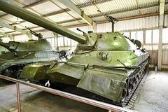 El tanque pesado soviético IS-7 foto de archivo