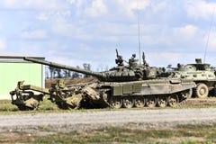 El tanque T-90 con la red barredera de la mina, Kadamovskiy, Rusia, el 9 de septiembre de 2016 Foto de archivo libre de regalías