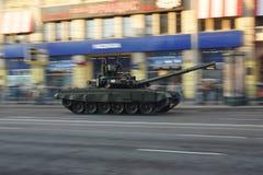 El tanque T90 durante desfile de la guerra Fotografía de archivo libre de regalías