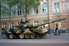 El tanque T-90, Rostov-On-Don Imagen de archivo