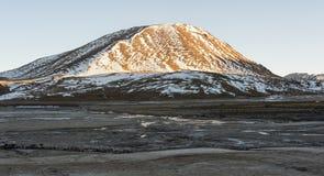 El Tatio喷泉,南半球的最大的喷泉接近圣佩德罗火山de阿塔卡马,卡拉马,安托法加斯塔高原的  免版税库存图片