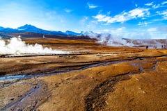El Tatio,在北智利的安第斯山脉内位于的喷泉领域4,320米上面基准海面 免版税库存图片