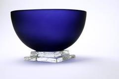 El tazón de fuente azul Fotos de archivo libres de regalías