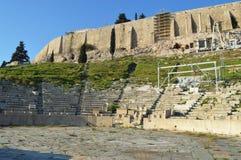 El teatro de Delphi en la acrópolis de Atenas Foto de archivo libre de regalías