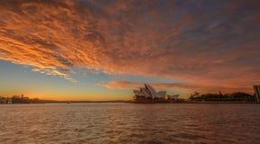 El teatro de la ópera de Sydney Imagen de archivo