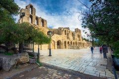 El teatro del Atticus de Herodion debajo de las ruinas de la acrópolis, Atenas Fotos de archivo libres de regalías