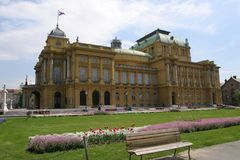 El teatro nacional croata en Zagreb fotografía de archivo libre de regalías