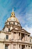El tejado de la residencia nacional de Invalids en París Fotografía de archivo