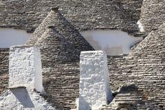 El tejado empiedra el trulli de Alberobello Puglia, Italia meridional Foto de archivo