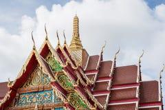 El tejado hermoso del templo se está renovando Fotografía de archivo libre de regalías