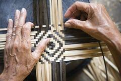 El tejer de bambú Imágenes de archivo libres de regalías