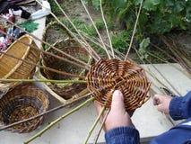 El tejer de bastones Foto de archivo libre de regalías