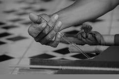 El tejer de la mano Fotografía de archivo