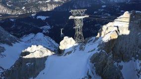 El teleférico de Zugspitze, acelera almacen de metraje de vídeo