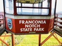 El teleférico vacío rojo del parque de estado del norch del franconia fotografía de archivo libre de regalías