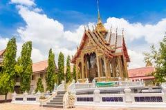 El templo con bluesky Imagen de archivo libre de regalías