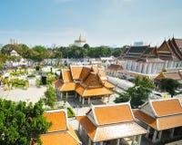 El templo con la pagoda del oro Fotografía de archivo