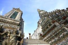 El templo de Dawn Wat Arun foto de archivo