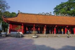 El templo de la literatura Van Mieu en Hanoi, Vietnam fotografía de archivo libre de regalías