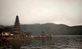 El templo de Ulun Danu imágenes de archivo libres de regalías