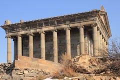El templo a dios del sol Mihr (Mithra) cerca de Garni en invierno Imagen de archivo