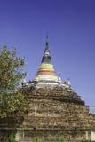 El templo en Tailandia se nombra Wat Ratchaburana, Phitsanulok foto de archivo