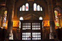 El templo Expiatori del Sagrat Cor. Dentro del templo. Fotos de archivo