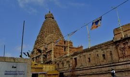 El templo grande de Thanjavur con la piedra del nombre foto de archivo